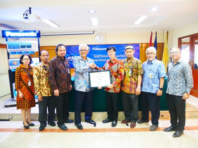 Fakultas Teknik UI Buktikan AC Panasonic si-BiRU Tahan Terhadap Lingkungan Korosif