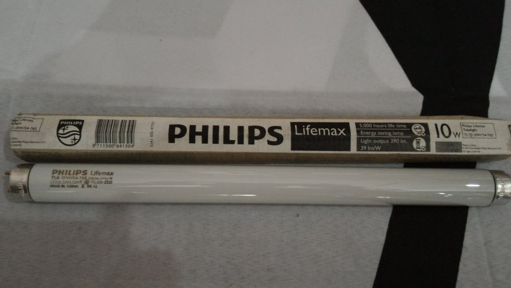 Lampu TL D 10W Philips 54/765